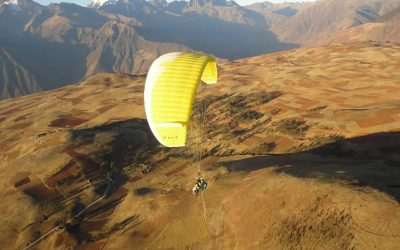 PARAGLIDING OVER SACRED VALLEY OF THE INCAS
