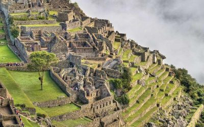 TOUR IN CUSCO SACRED VALLEY AND MACHU PICCHU 7D/6N